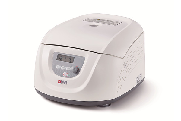 Clinical Centrifuge DM0412