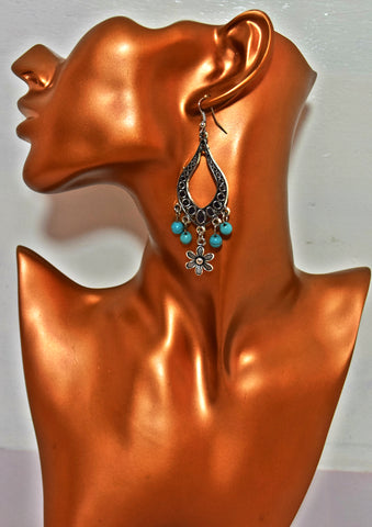 ER98 Trendy Turquoise beadings and silver flower earrings
