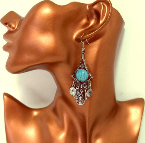 ER100 Spiral turquoise silver earrings