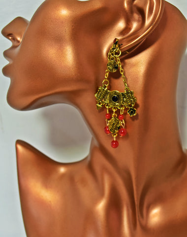 ER99G Golden Engraved geometric floral beads earrings