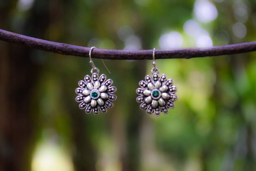 ER89 Cute Antique Silver flower drop earrings