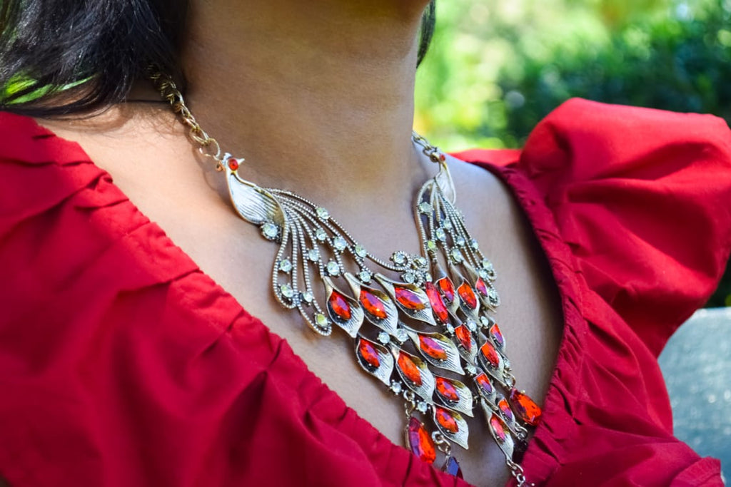 JE226R Striking Red Peacock Statement Necklace