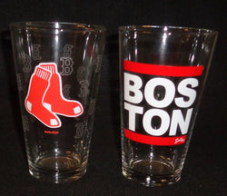 MLB Boston Red Sox Pint Glass Set Hanging Sox Record Label Logo Beer Bar