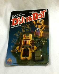 1985 Straco Dyna Motorized Truck Robot MOC Carded Sealed Gobot Type Yellow (A)