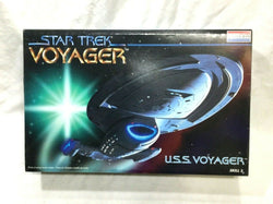 1996 Vintage Star Trek USS Voyager Model Kit Monogram Complete Boxed FREESHIP