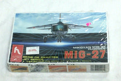 HobbyCraft Model Kit Soviet MIG-27 Flogger 1/144 Scale Sealed Boxed FREESHIP