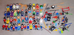 Playmobile Playmobil 40 Figure Lot Weapons Accessories Diver Knight Pirates