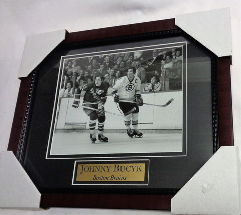 Boston Bruins 1972 Stanley Cup Champions HOF Johnny Bucyk Framed Picture 13x16