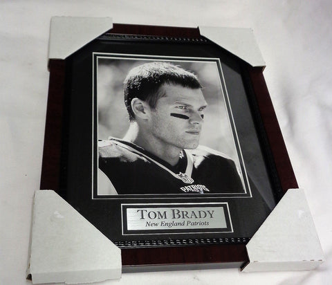 New England Patriots Tom Brady Black/White GOAT Matted Framed Picture 13x16