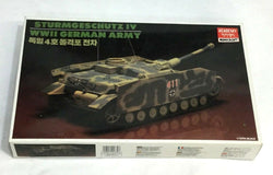 Academy Minicraft Model Kit WWII German Army Sturmgeschutz IV Tank Sealed New