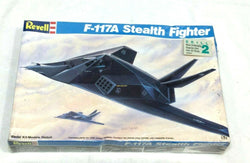 1990 Revell F-117A Stealth Fighter Model Kit #4382 New Complete 1:72 Scale