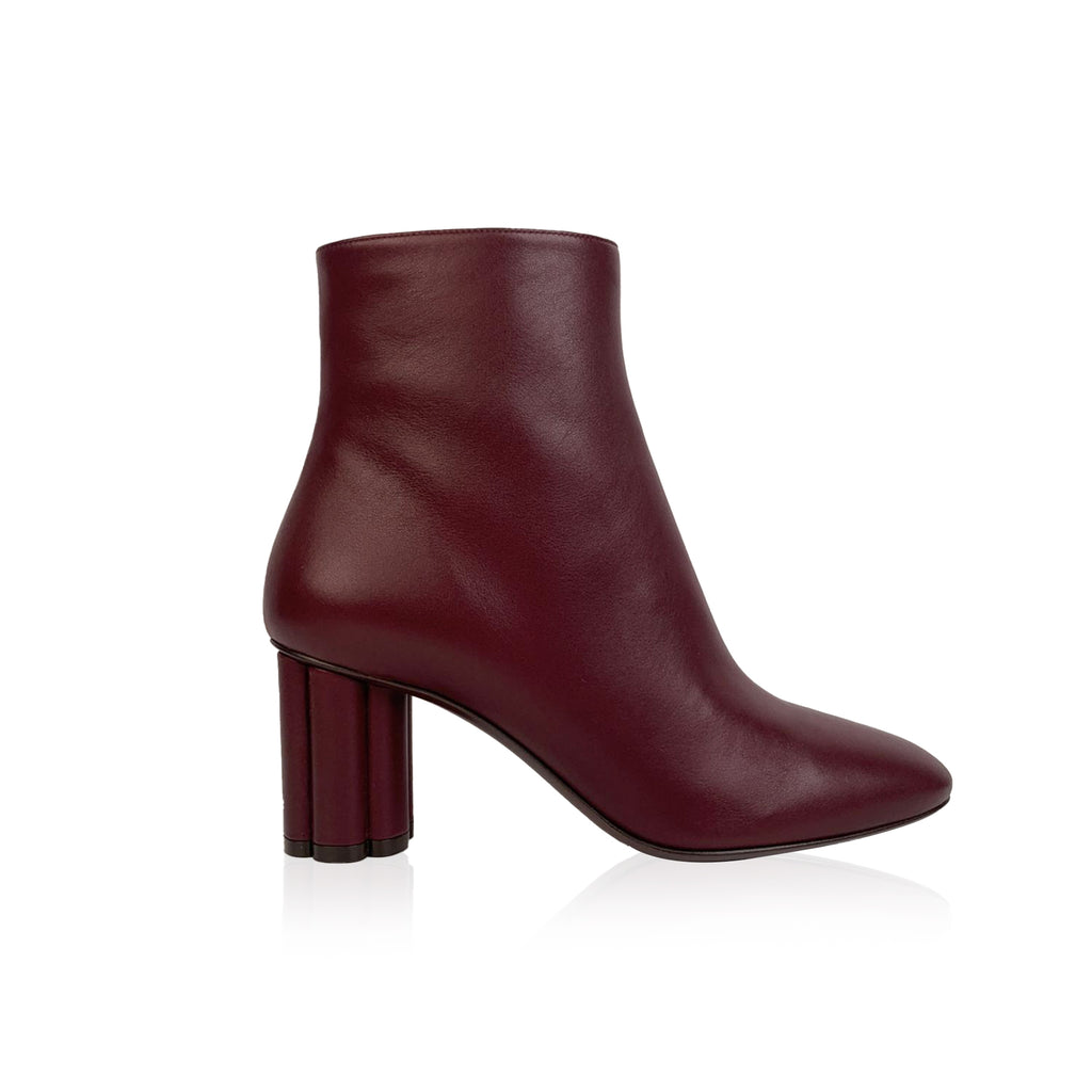 Salvatore Ferragamo Burgundy Leather Molfetta 70 Ankle Boots 7.5C 38C