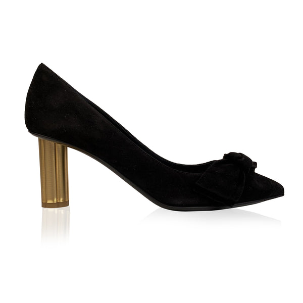 Salvatore Ferragamo Black Suede Garlate Pumps Heels US 7C EU 37.5
