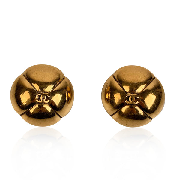 Chanel Vintage Gold Metal Quatrefoil CC Logo Clip On Earrings