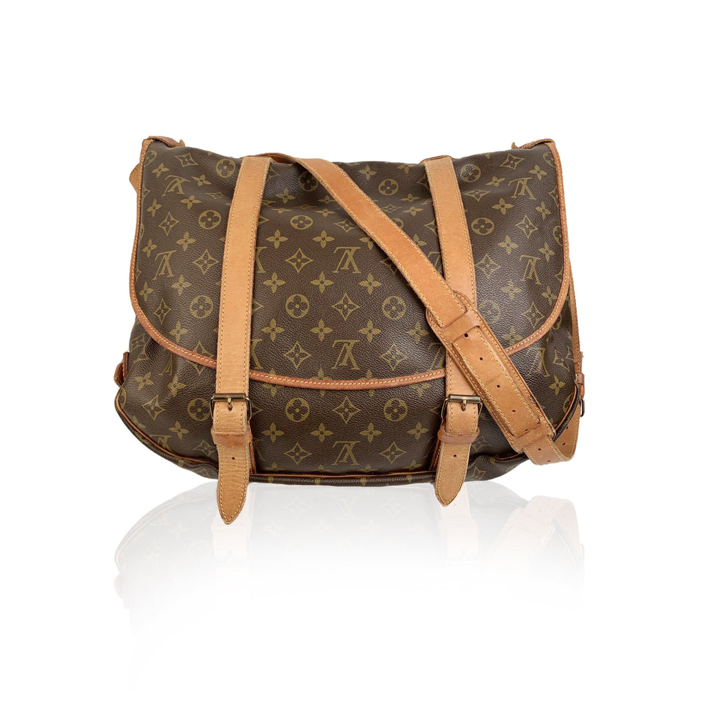 Louis Vuitton Vintage Canvas Saumur 40 Messenger Shoulder Bag