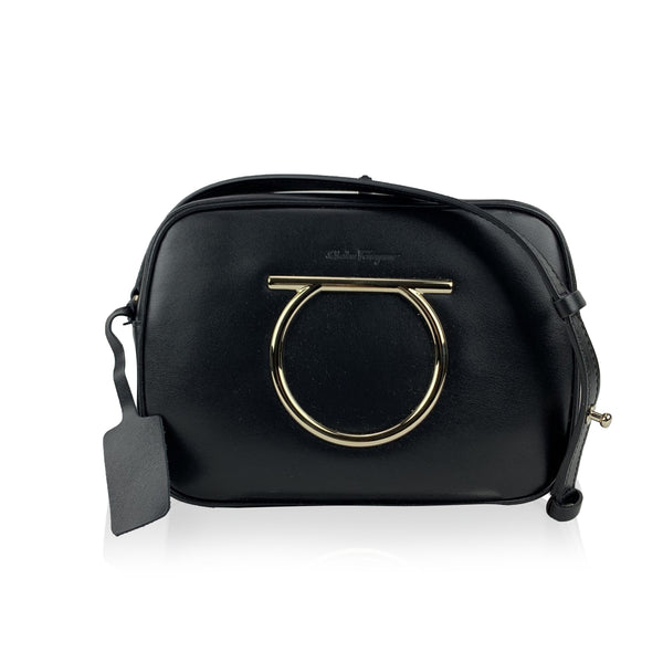 Salvatore Ferragamo Black Leather Gancino Vela CC Small Shoulder Bag