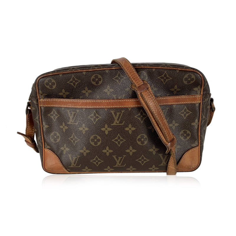 Louis Vuitton Vintage Monogram Trocadero 30 Messenger Bag