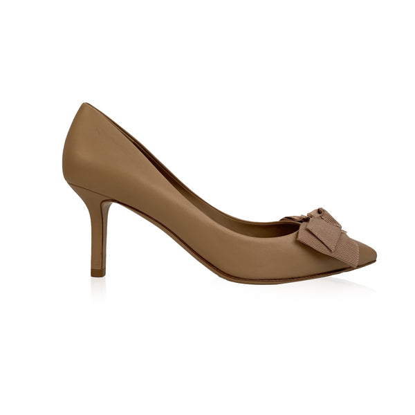 Salvatore Ferragamo Beige Leather Talla 70 Pumps US 9D EU 39.5