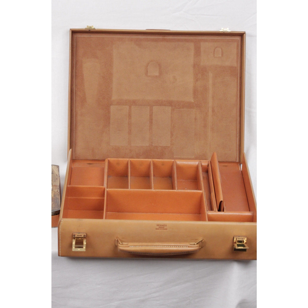 Hermes VINTAGE Tan Leather TRAVEL GROOMING SET w/ Silver TOILETRY Pieces