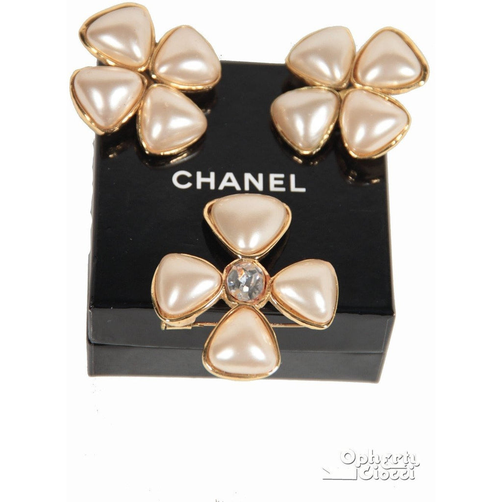 Chanel 1991 Gripoix Glass Pearls Earrings and Brooch