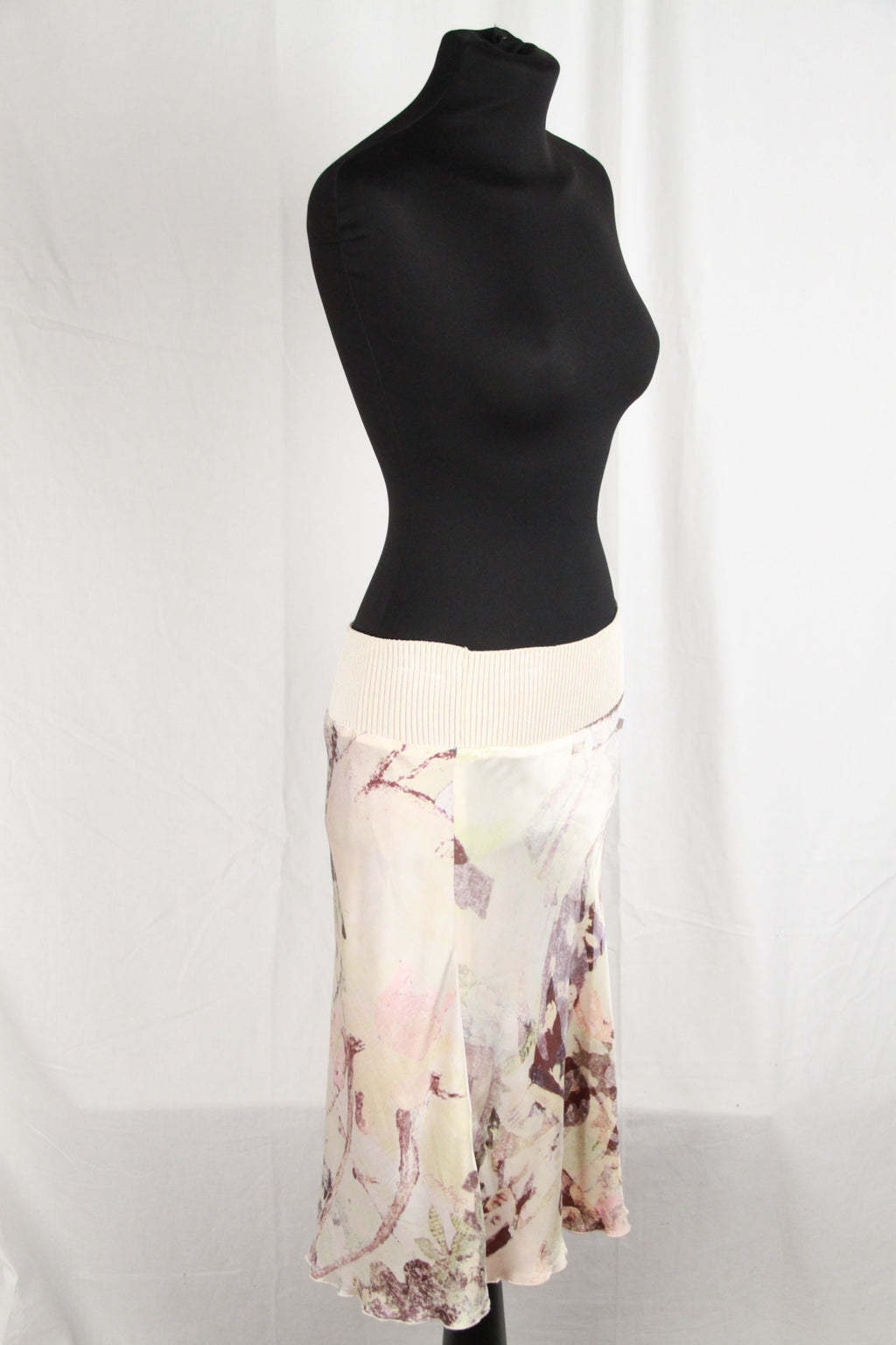 Silk Skirt Size 42/28