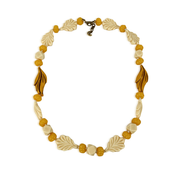 Gucci Beige Yellow Resin Leaf Bead Necklace Never Worn