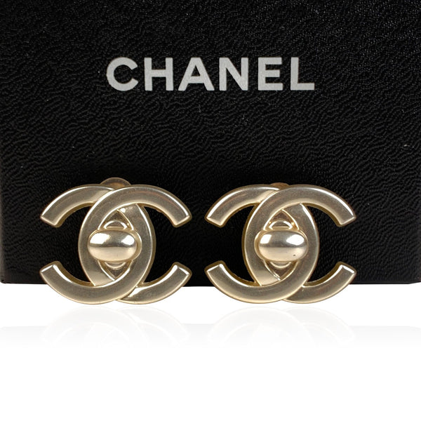 Chanel Vintage Silver Metal Turnlock CC Logo Clip On Earrings
