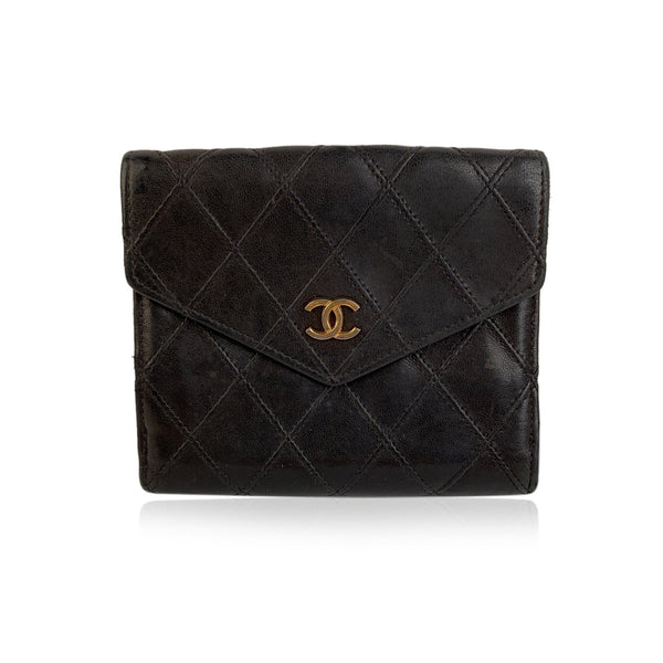 Chanel Black Quilted Vintage Leather Compact double Flap Wallet CC Closure