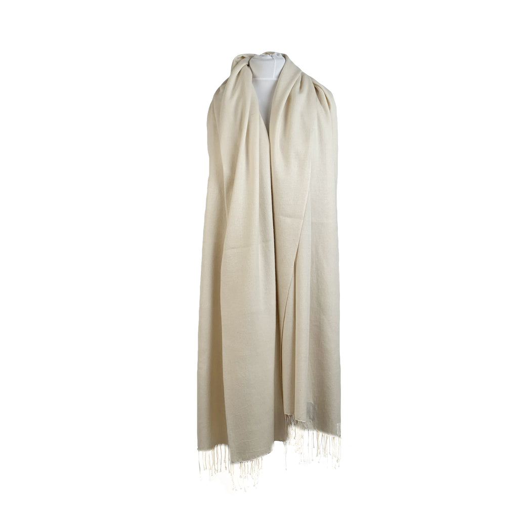 Arfango White Cashmere and Silk Pashmina Fringed Scarf