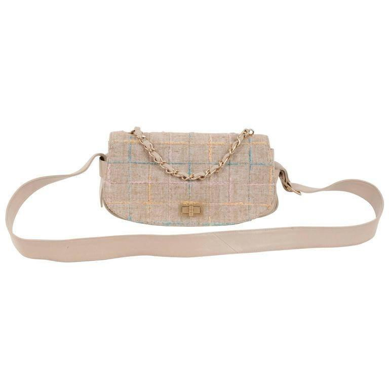 Chanel Beige Tweed & Leather MADEMOISELLE Turnlock MESSENGER BAG