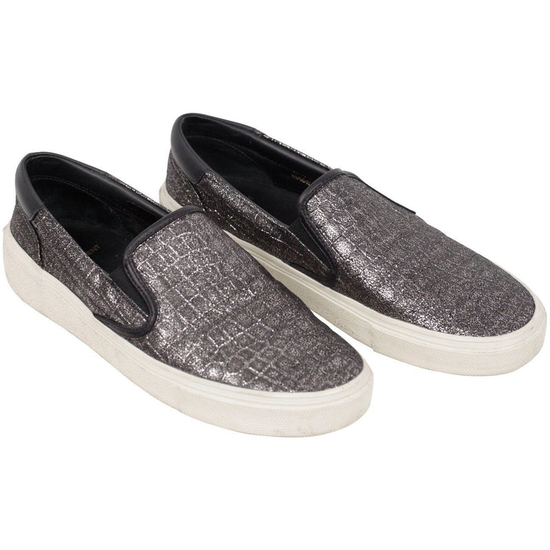 Skate Sneakers Slip On Shoes Size 39