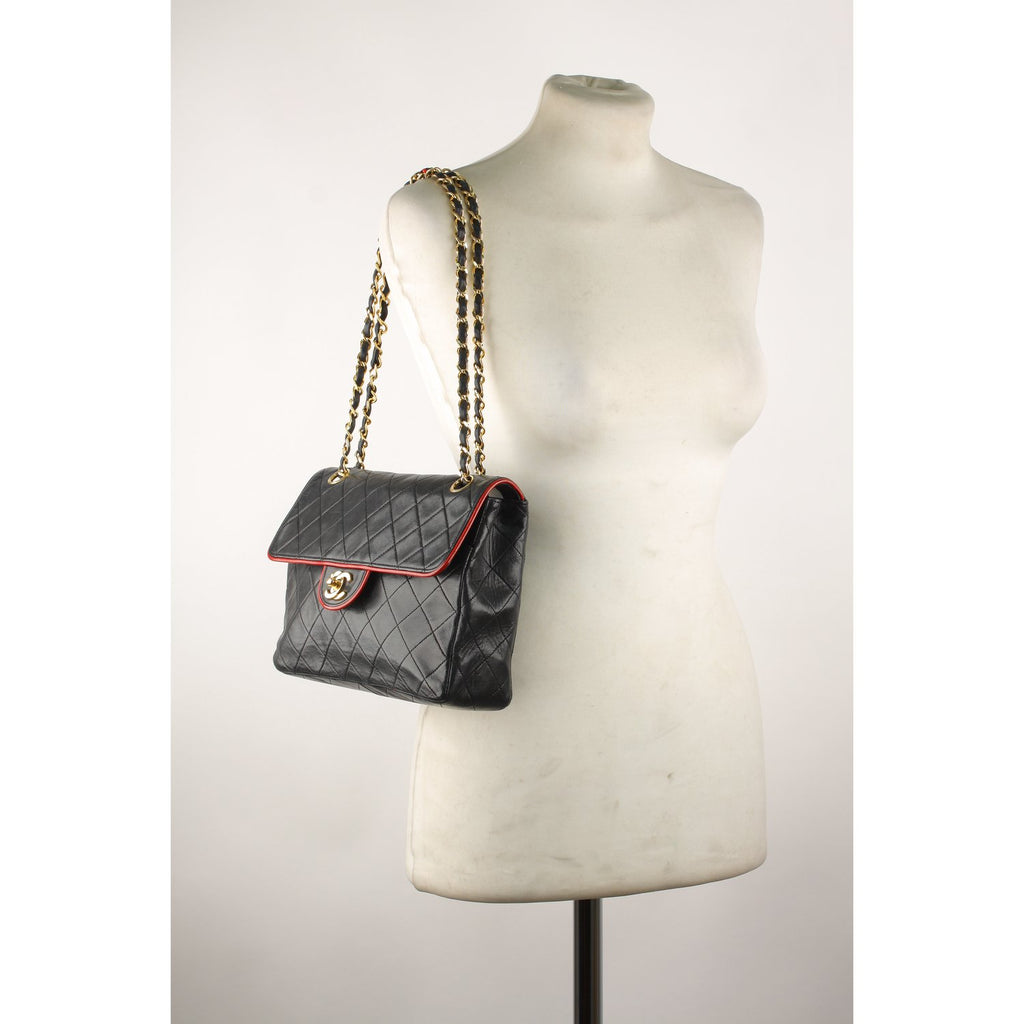 Chanel Vintage Quilted Shoulder Bag with Contrast Trim