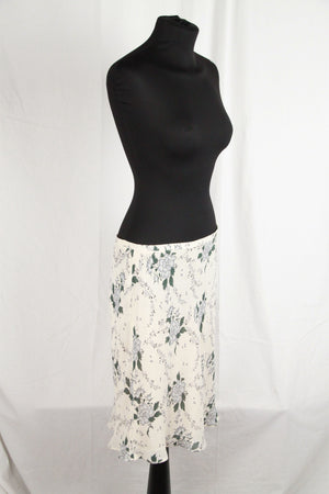 CACHAREL Silky Floral Fabric  SKIRT Size 36/4