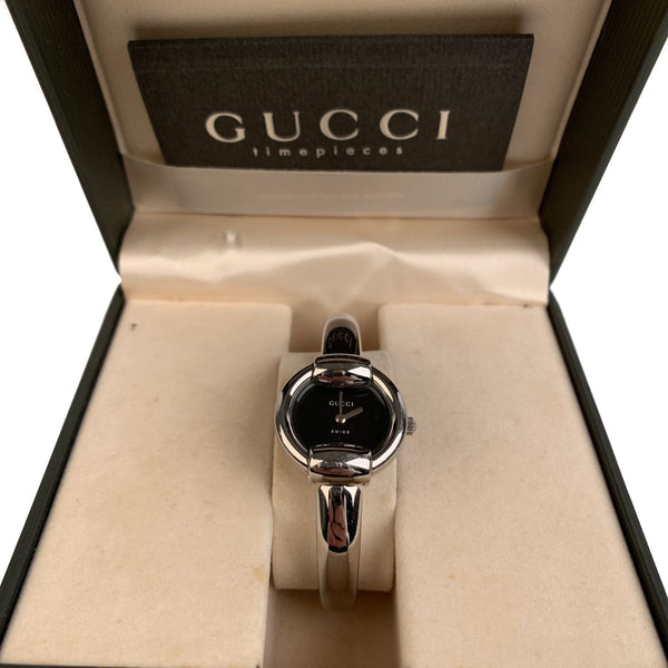 Gucci Stainless Steel Wrist Watch Mod 1400L Quartz Black Dial