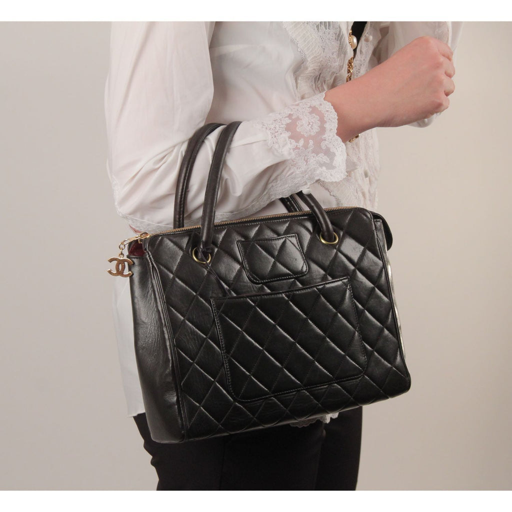 Vintage Black Quilted Handbag Satchel