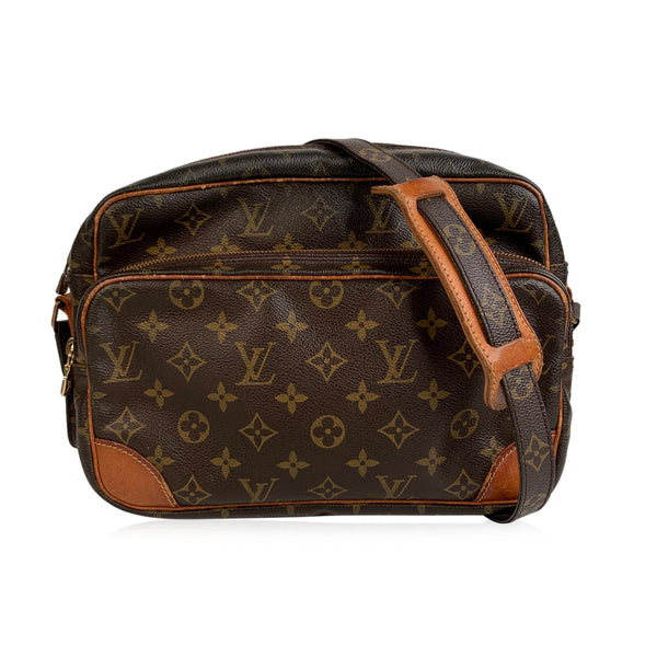 Louis Vuitton Vintage Monogram Canvas Nil Messenger Bag