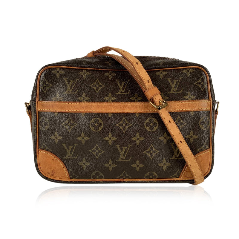 Louis Vuitton Vintage Monogram Trocadero 25 Messenger Crossbody Bag