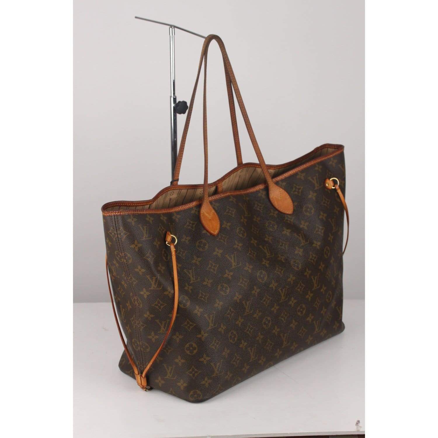 46b0b7ee4f7 Monogram Neverfull Gm Bag