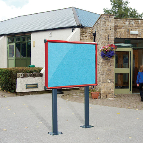 Shield Exterior Showcase with Surface Posts Coloured Frame Vibrant