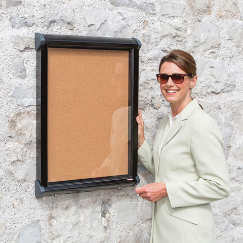 New Shield Exterior Showcase Black Frame