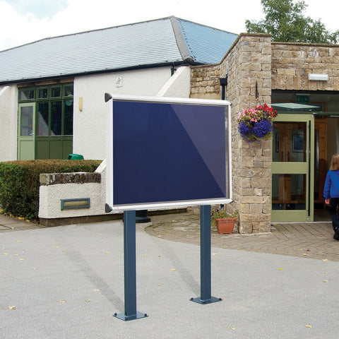 Shield Exterior Showcase with Surface Posts - Aluminium Frame