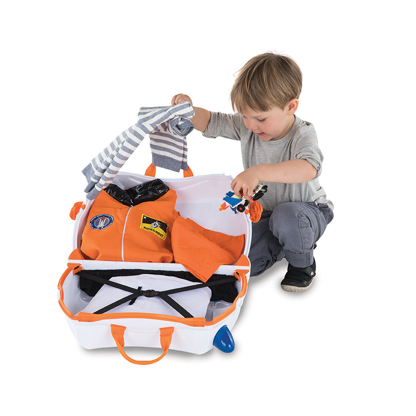 Skye Spaceship Trunki