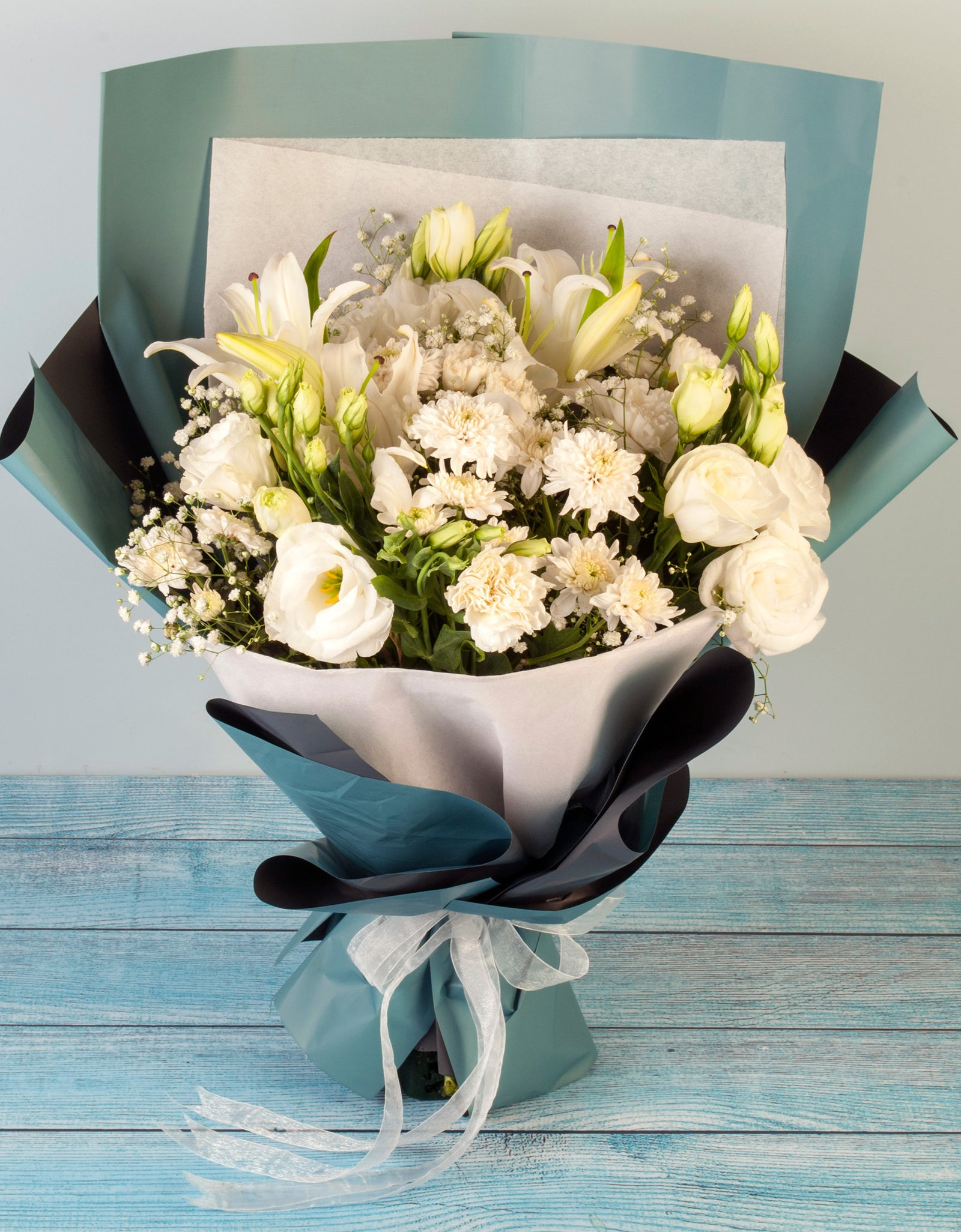 Hand Tied Bouquet Delivery Of White Flowers