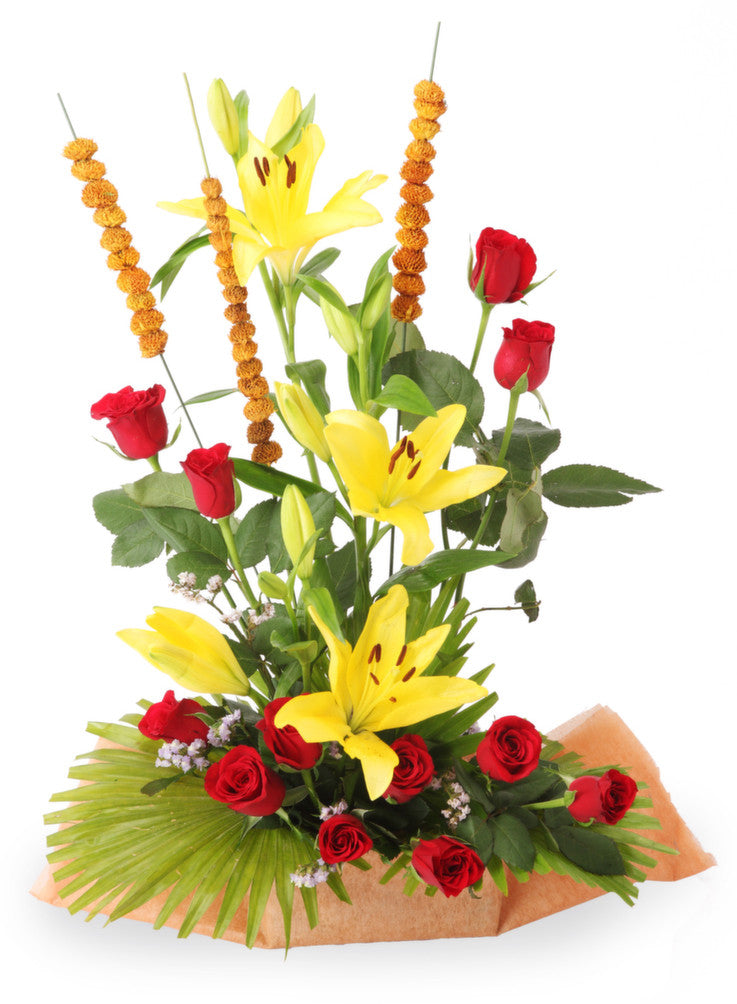 Lilies and Roses flowers online delivery