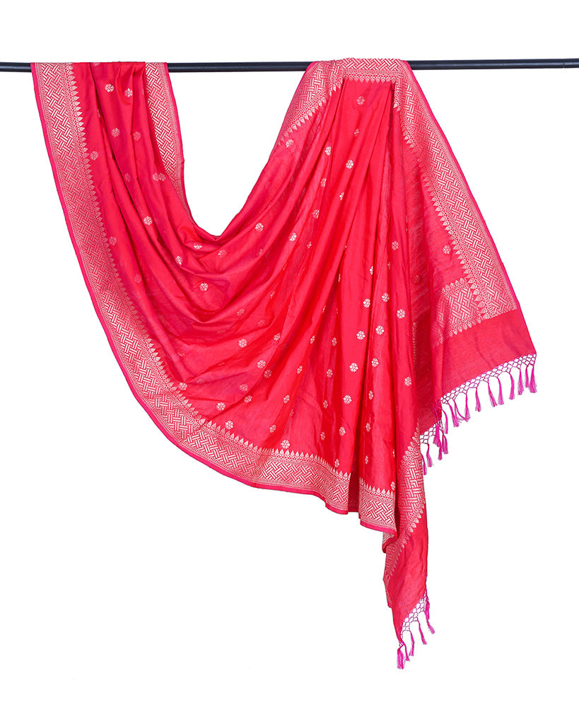 Banarasi katan silk cotton bright red Dupatta  with floral minadar butti