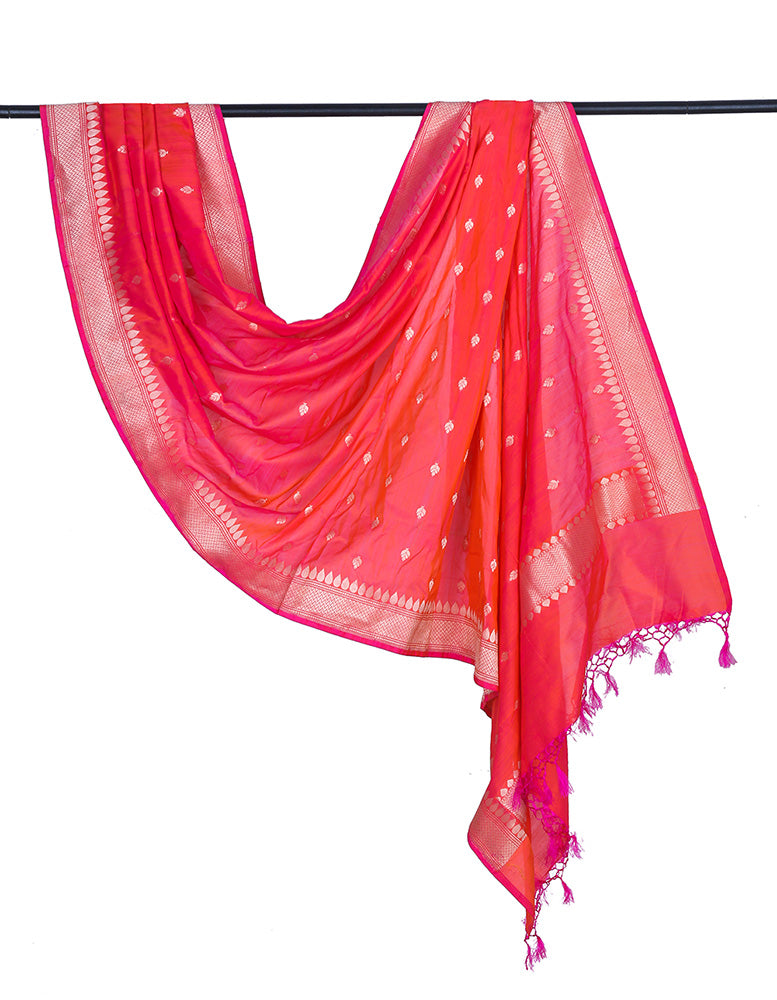 Banarasi katan silk cotton bright red Dupatta  with leaf minadar butti
