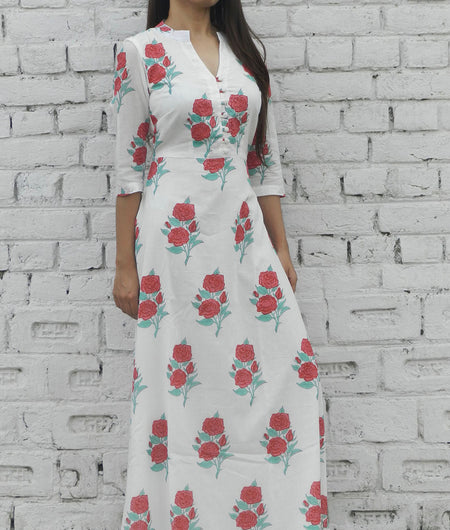 printed  red and off white base mulmul maxi