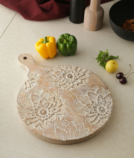 Exclusive Collection Hand Crafted Flower Design Round Chopping Board