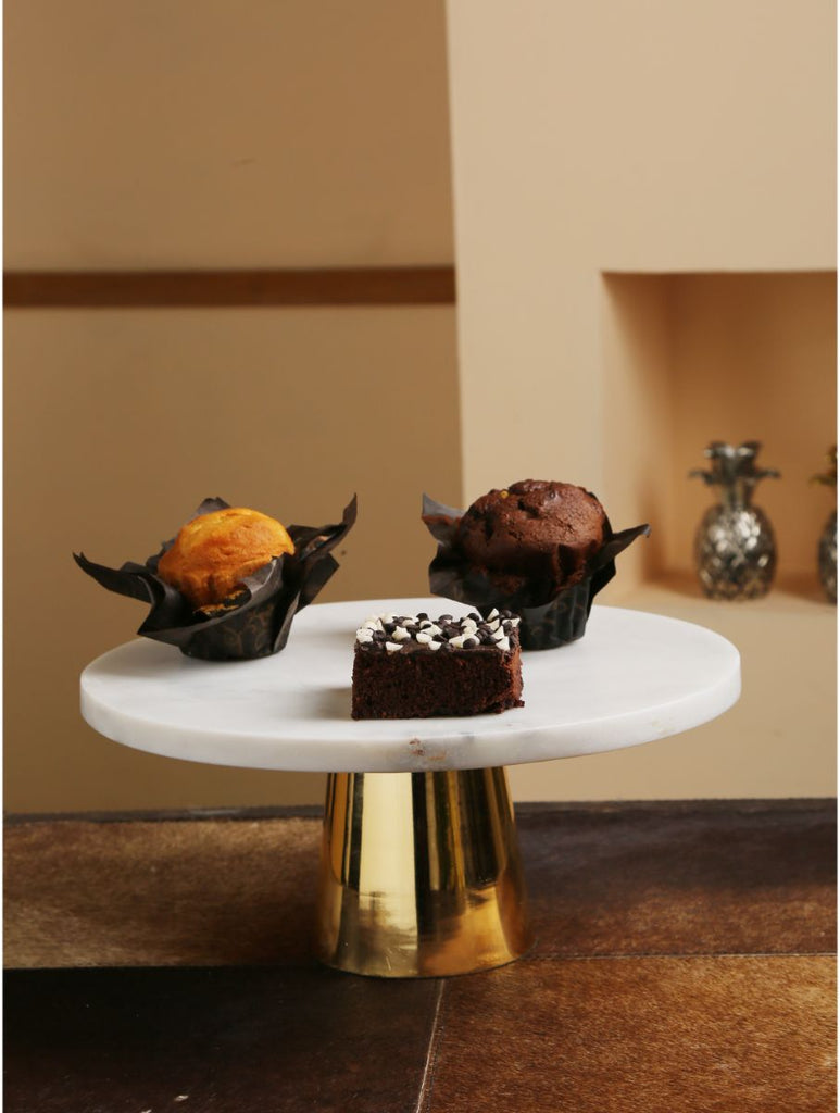 Elegant Marble Top Cake Stand With Gold Tone Base