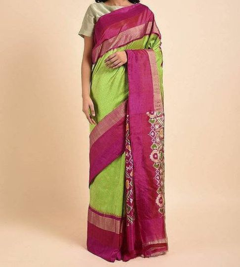 Green And Magenta Pink Handwoven Traditional Silk Saree